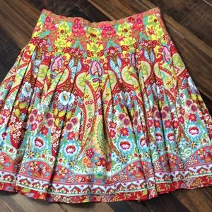 Happy Skirt !! Jones Wear Jeans  skirt